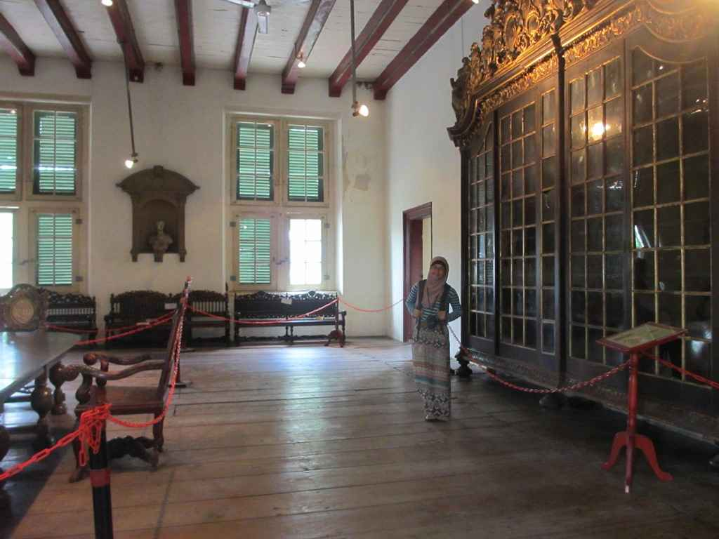 furniture mebel antik museum fatahillah